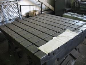 Плиты монтажная чугунная, стендовая с Т-пазами