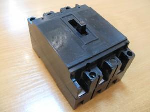 Автоматический выключатель А 3163 15-50А